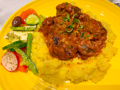 Beef medallions in a tomato sauce